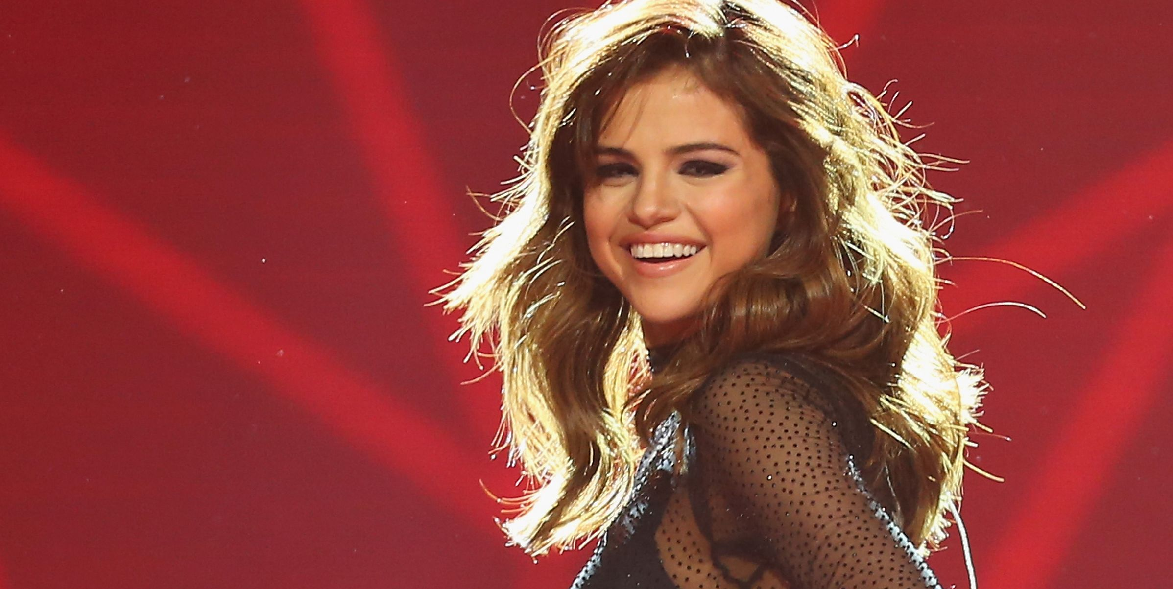 """Selena Gomez Finally Opens Up About What the """"Fetish"""" Video Is REALLY About"""