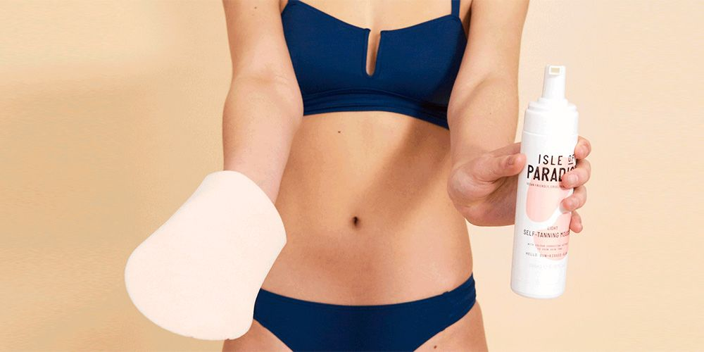 How to apply fake tan without streaks