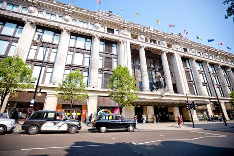 oxford street and selfridges department store, london