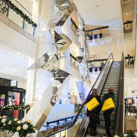 Christmas Window Ideas For Retail.Selfridges Christmas Displays Revealed With Two Months To Go