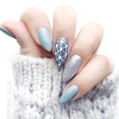 9 cute snowflake nail designs snowflake nail art ideas