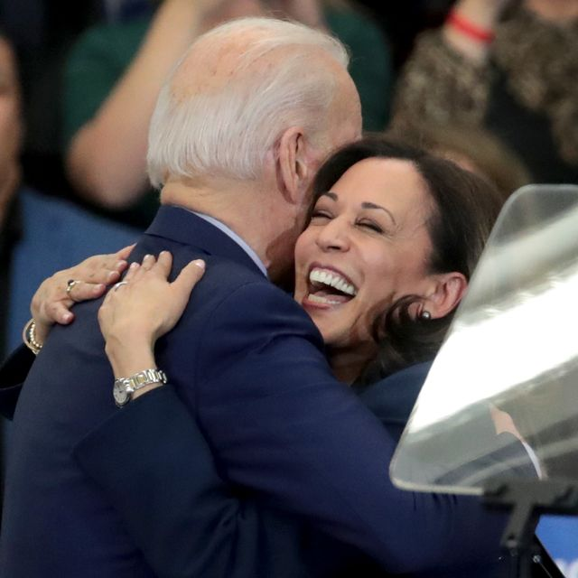 sens kamala harris and cory booker join candidate joe biden at michigan campaign rally on eve of primary