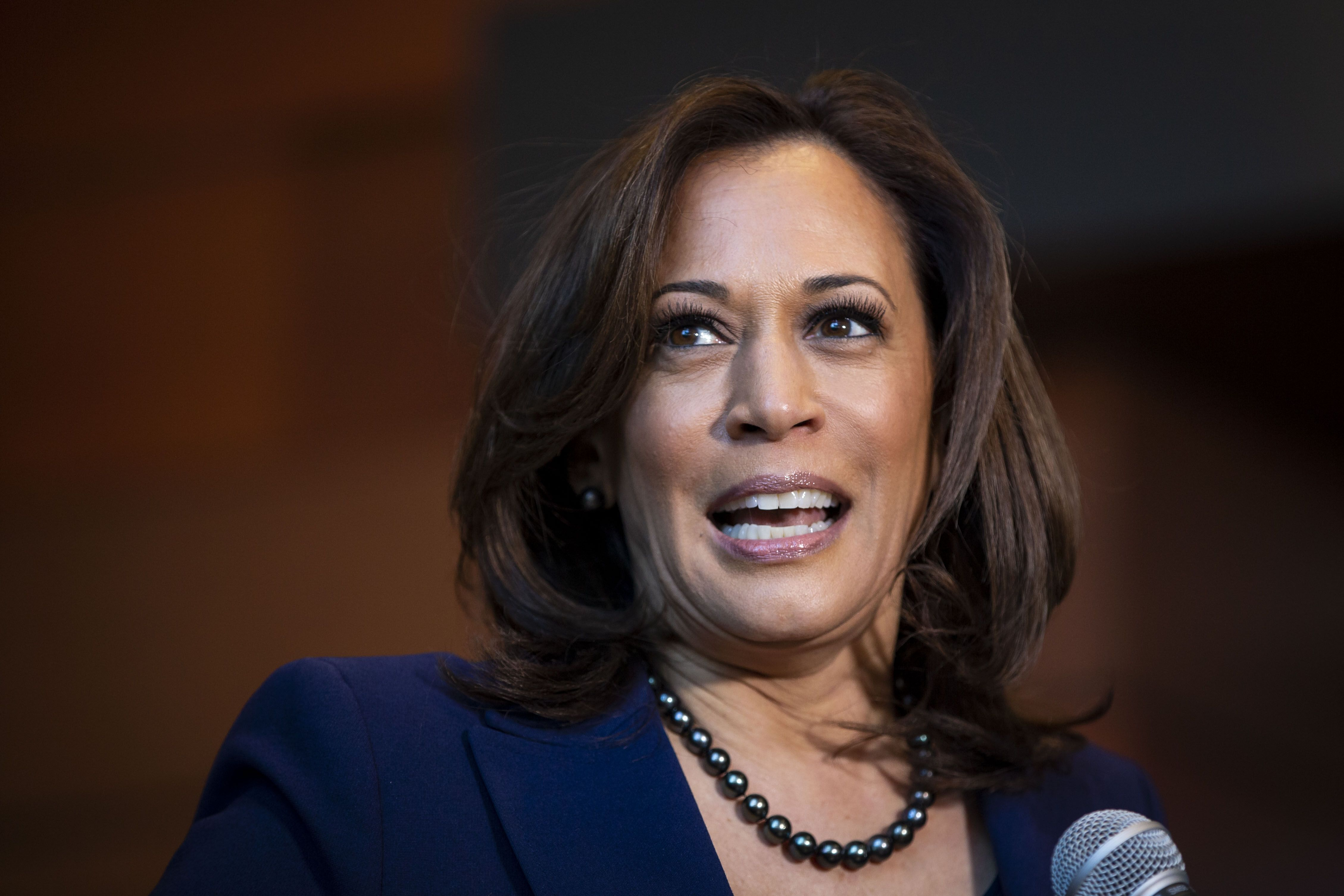 Kamala Harris Wants to Fine Companies That Don't Pay Women Equally