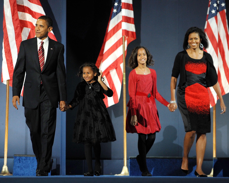 Senator Barack Obama with his daughters Sasha and Malia, and