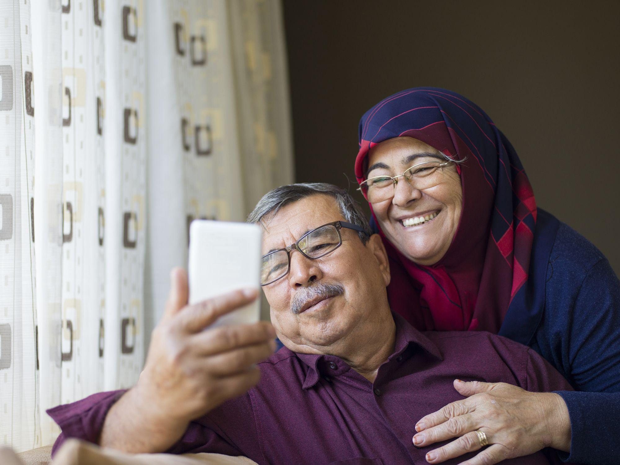 eldre par, ta, ei, selfie