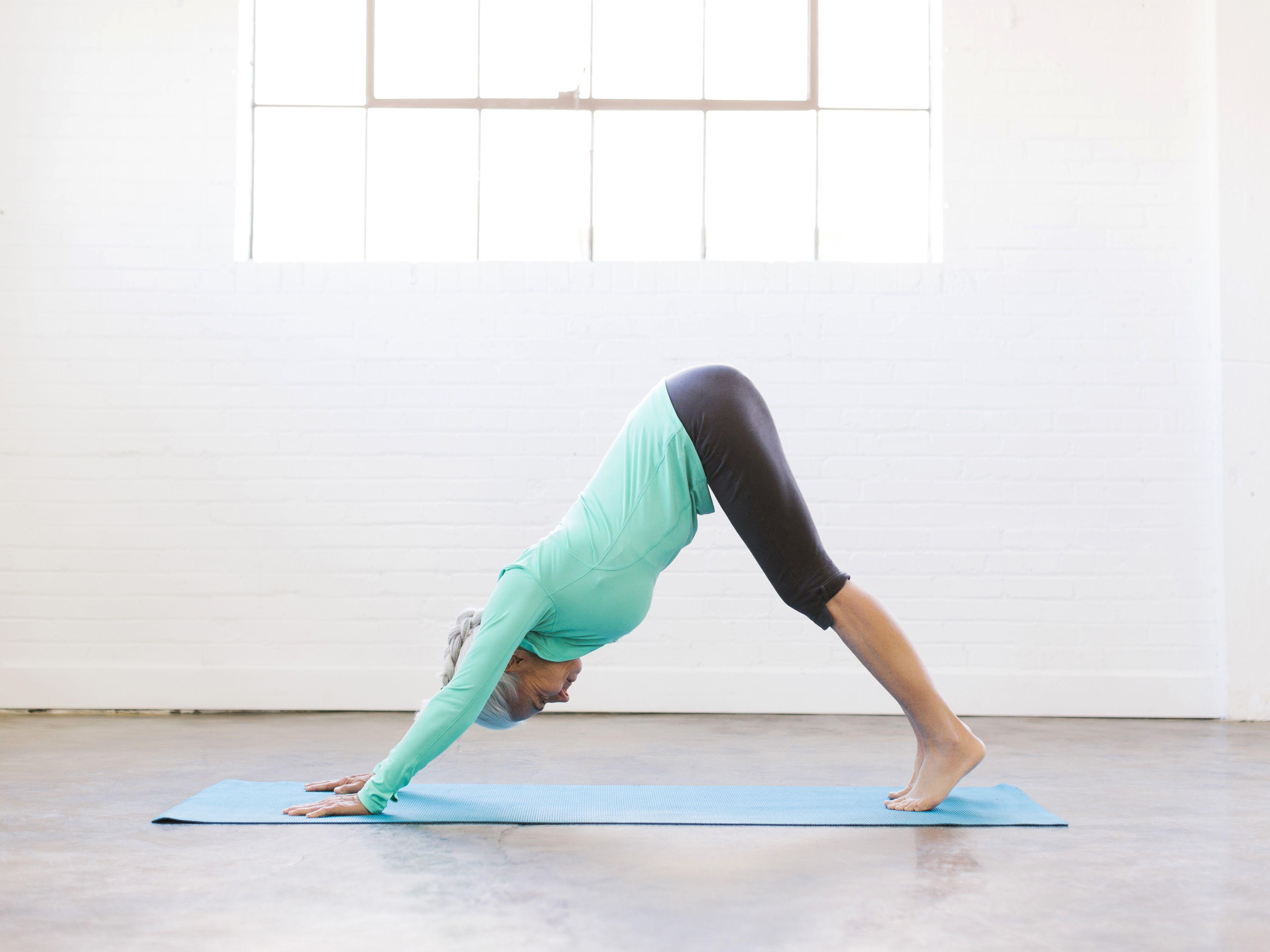 6 Best Calf Stretches How To Stretch Your Calves