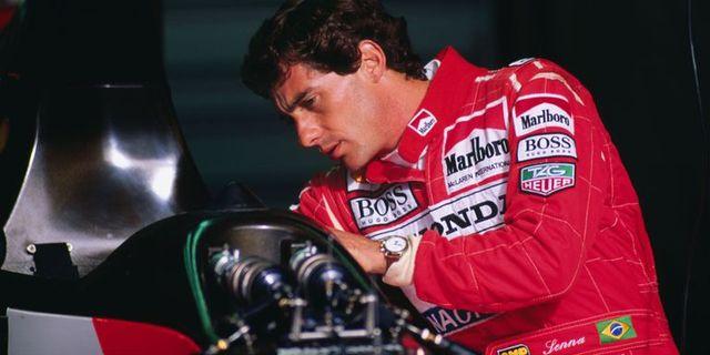 motorcycle racer, vehicle, motorsport, helmet, race car, racing, tire, sports, superbike racing, car,