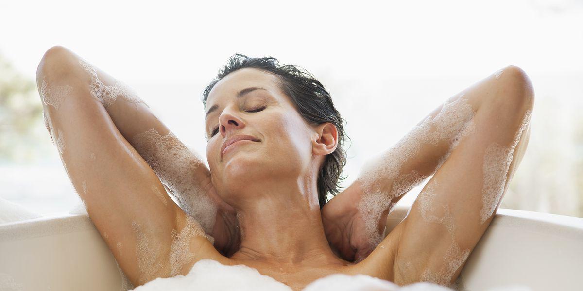 """お風呂のソムリエが教える「睡眠と入浴」の関係。""""睡眠を変える""""お風呂の入り方とは?"""