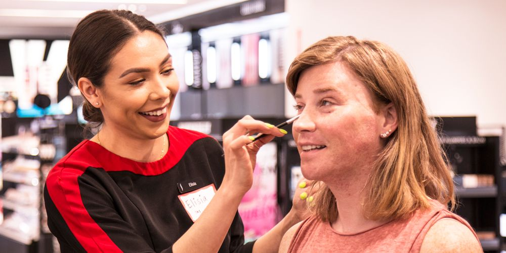 Sephora Now Offers Free Makeup Cl