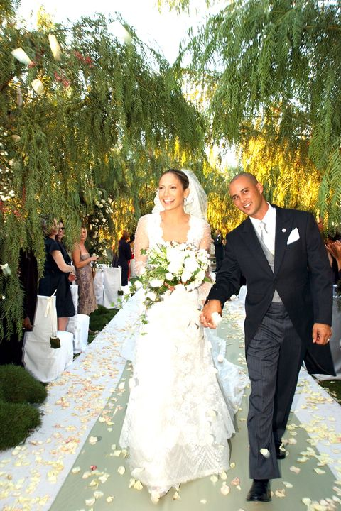 The 40 Most Scandalous Wedding Dresses of All Time ...