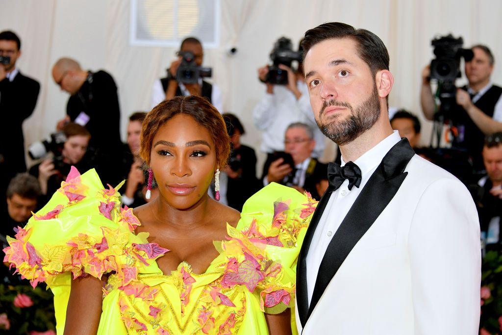 Serena Williams Celebrated Her Second Wedding Anniversary By Finally Trying A Popeyes Chicken Sandwich