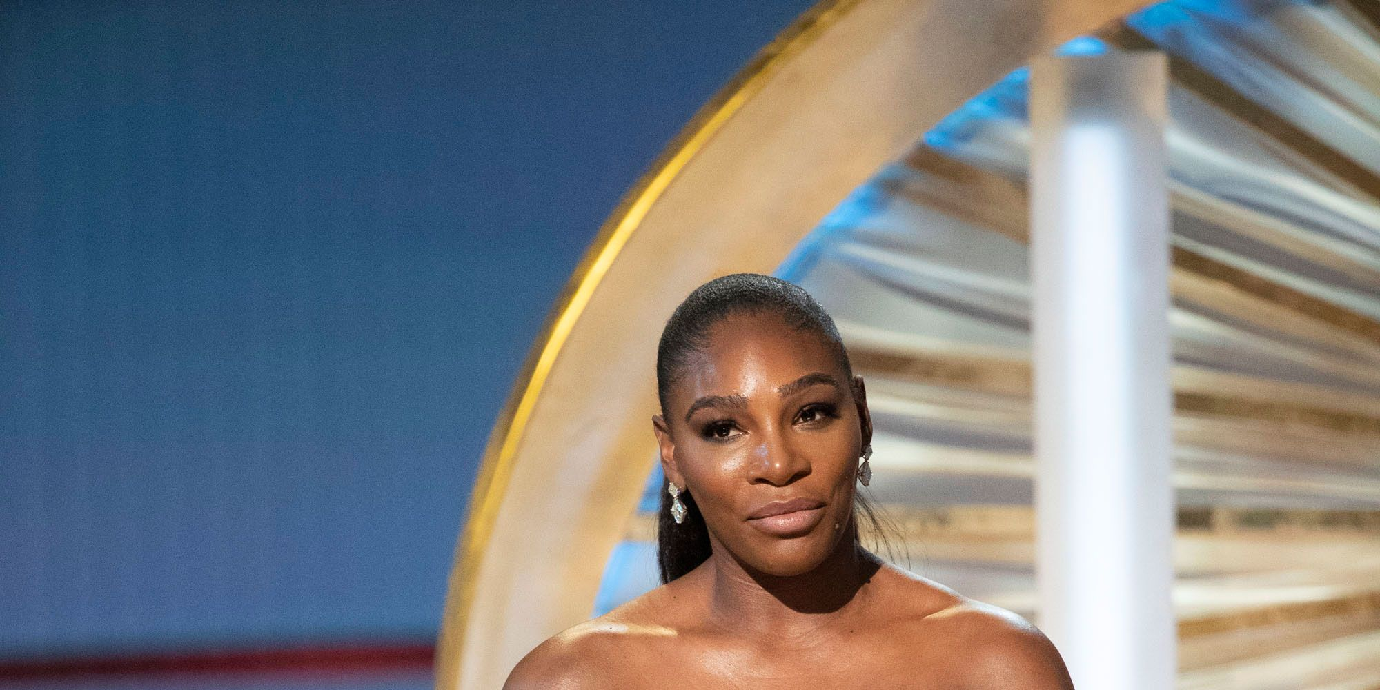Serena Williams delivers speech to Meghan at Oscars