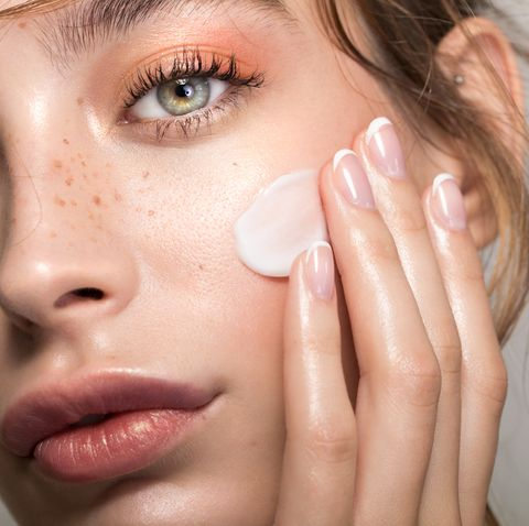 How To Reduce Redness On Face Quickly Products Tips To Get Rid Of Redness From Acne