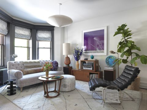 House tour a wallpaper and textile mavens spirited brooklyn townhouse
