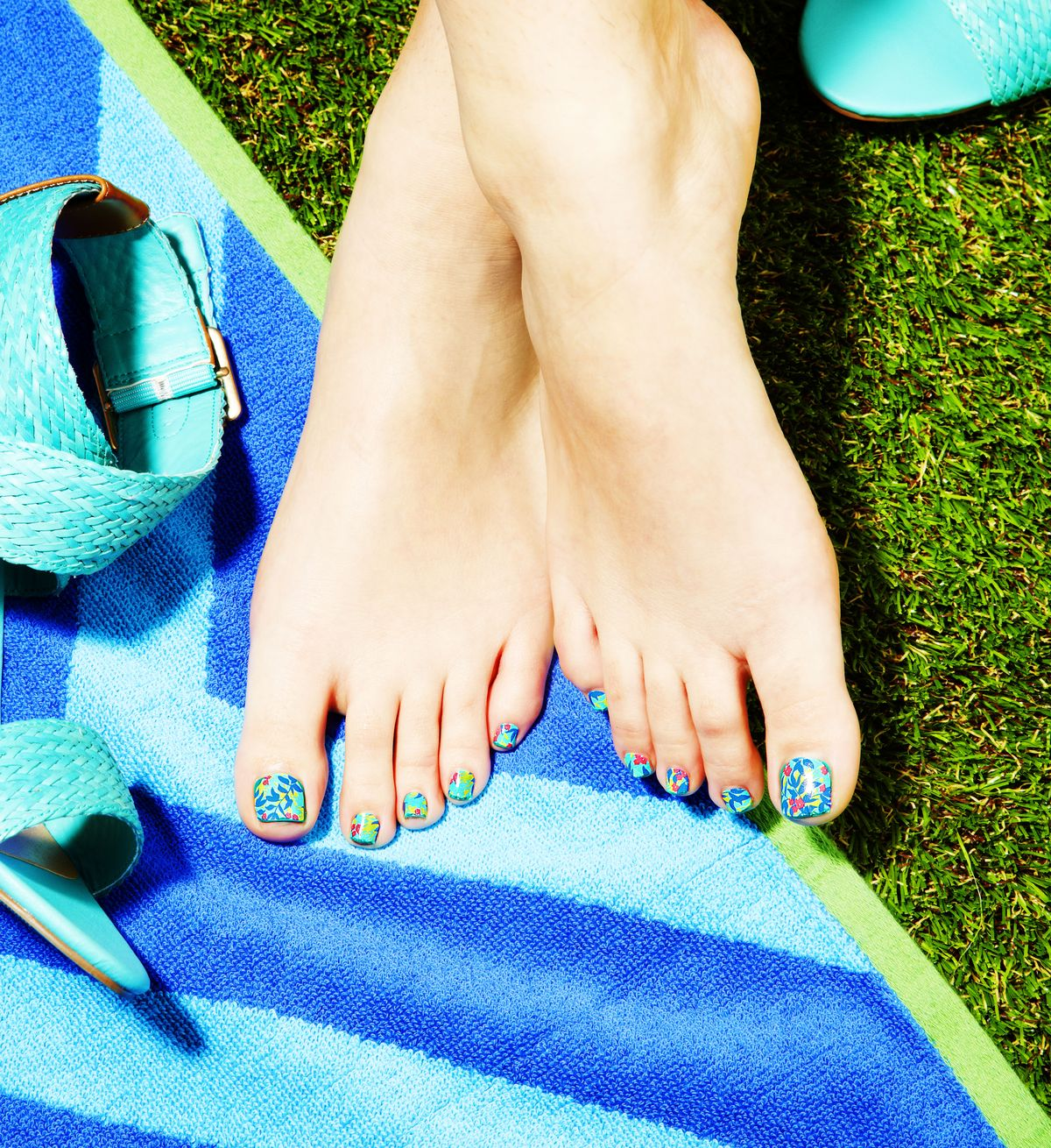 How To Do A Pedicure At Home Essential Pedicure Tools