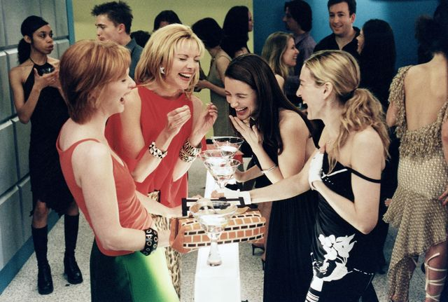 editorial use only no book cover usagemandatory credit photo by hbodarren star productionskobalshutterstock 5886159bfcynthia nixon, kim cattrall, kristin davis, sarah jessica parkersex and the city   1998 2004hbodarren star productionsusatelevision