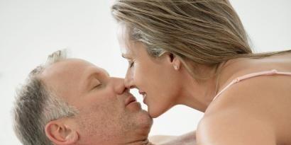 Head, Ear, Lip, Cheek, Hairstyle, Skin, Chin, Forehead, Shoulder, Photograph,