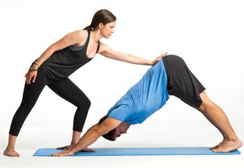 partner yoga poses for couples