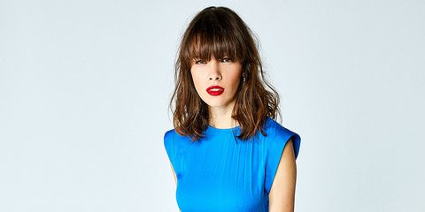 Hair, Blue, Lip, Face, Hairstyle, Shoulder, Beauty, Skin, Bangs, Nose,