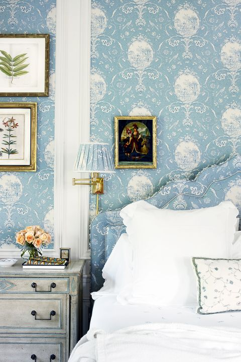 traditional shabby chic bedroom