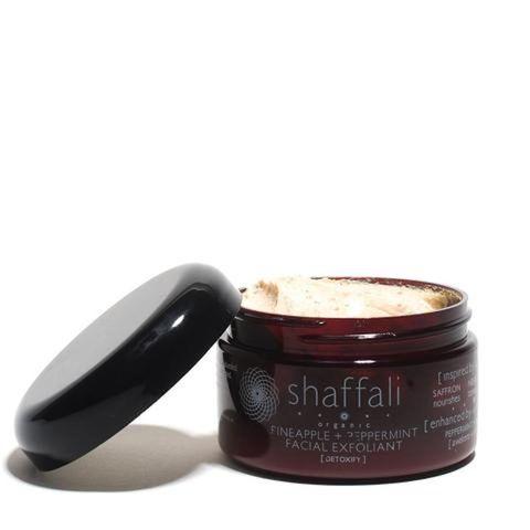 Shaffali Pineapple + Peppermint Facial Exfoliant