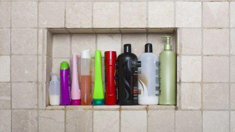 verschillende flessen in de douche