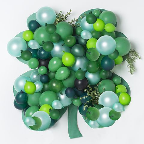 Balloon Backdrop - St. Patrick's Day Decorations