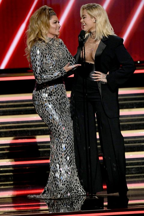 Shania Twain Showed Up to the Grammys and Everyone Went Nuts