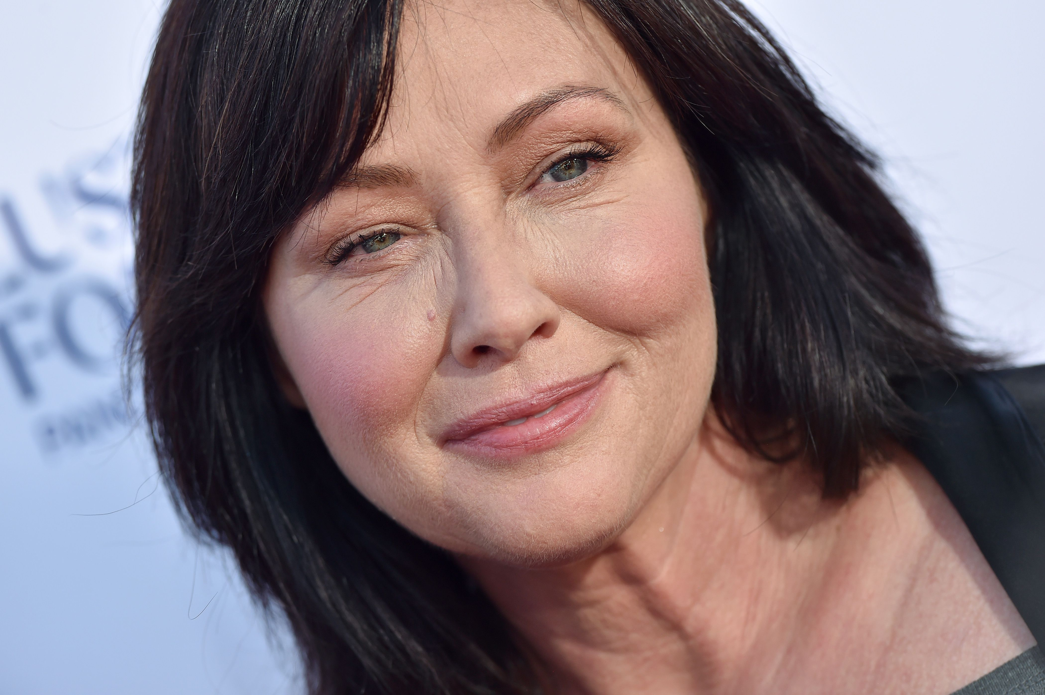 Shannen Doherty Says Breast Cancer Remission Triggered Fear and Apprehension