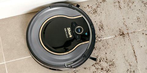Shark ION 750 robot vacuum giveaway
