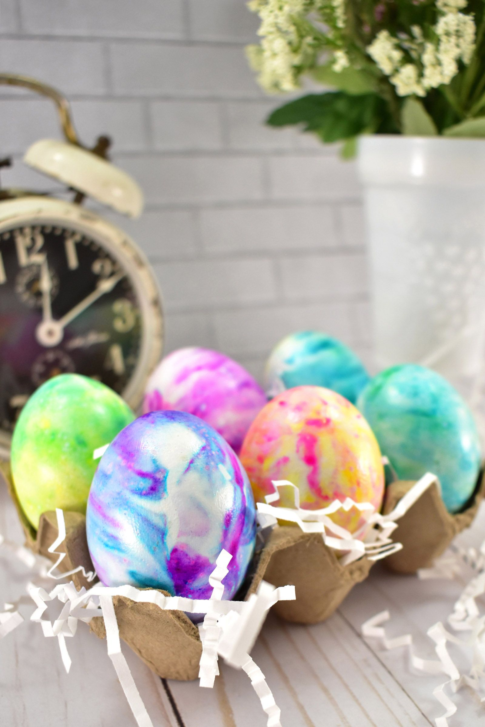 How to make cool dye easter eggs with shaving cream