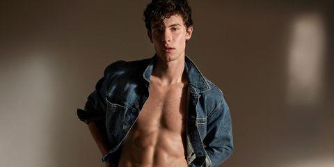 Barechested, Muscle, Shoulder, Model, Abdomen, Skin, Chest, Beauty, Arm, Jeans,