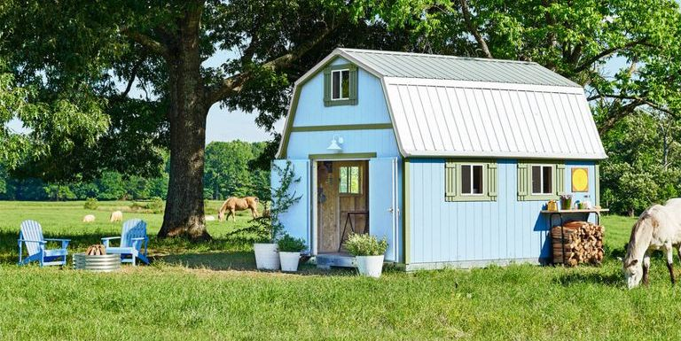 8 she shed ideas how to make your own she shed for Very small garden sheds