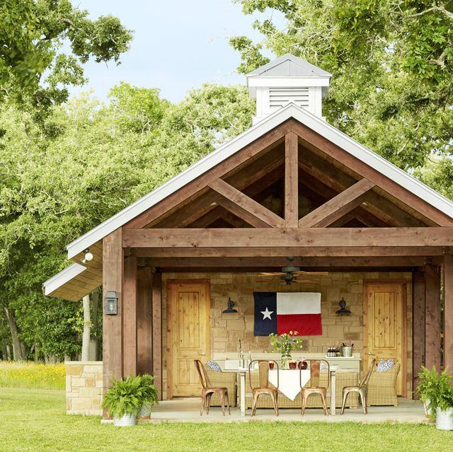 farmhouse that sleeps 20