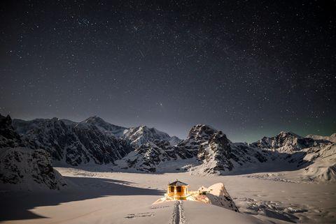 Sky, Snow, Winter, Mountain, Night, Atmosphere, Mountain range, Geological phenomenon, Alps, Star,