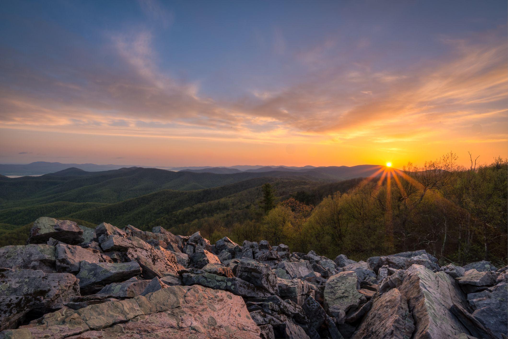 Shenandoah National Park at sunrise, Virginia, USA