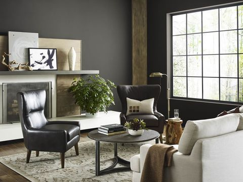 Sherwin-Williams Announces Urbane Bronze as 2021 Color of the Year