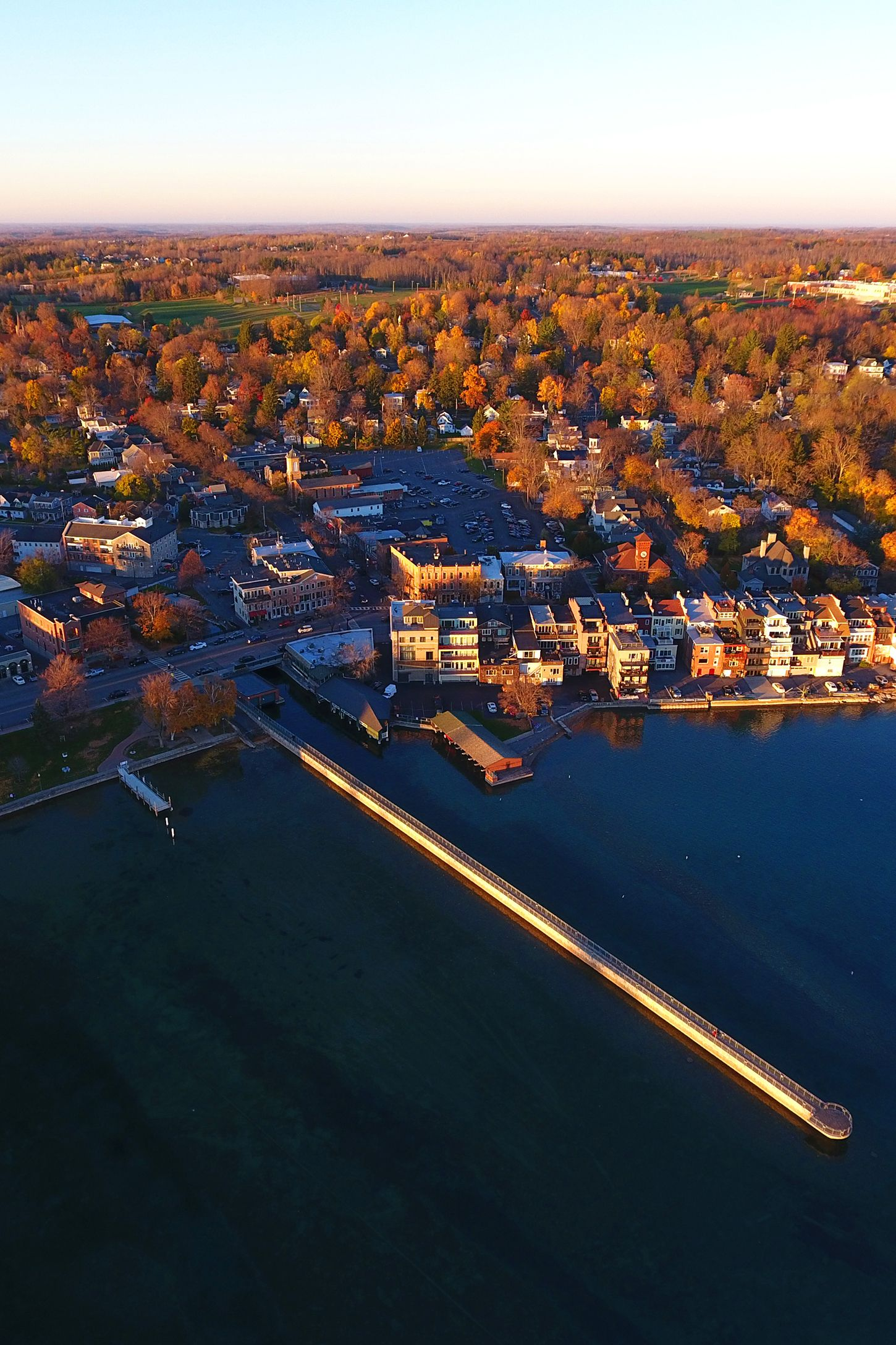 fall foliage sherwood inn skaneateles new york