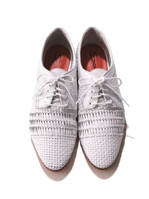 サントーニの白い靴