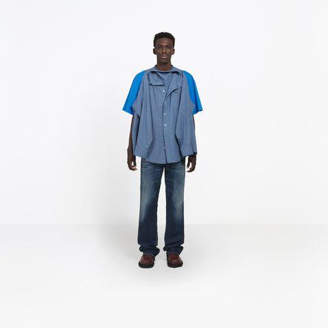 90eaaf5365e Balenciaga Shirt Twitter Reactions - Twitter Reactions to Weird ...
