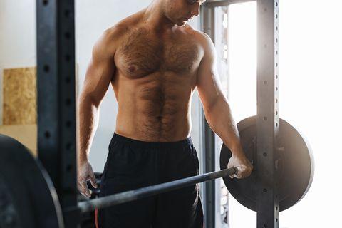 Человек на тренировке