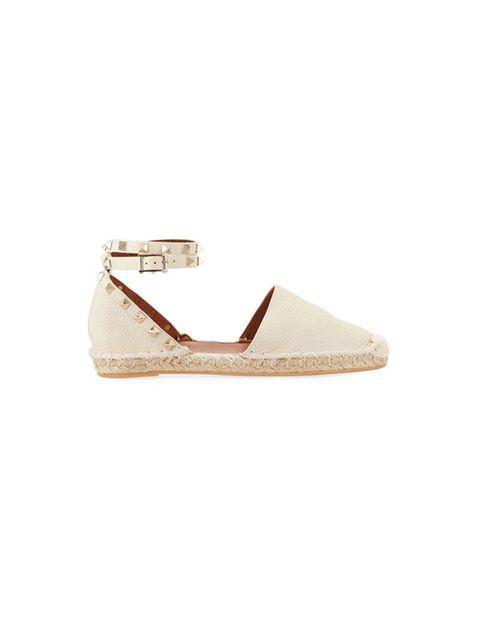 Footwear, Shoe, Beige, Mary jane, Espadrille, Slingback, Sandal,