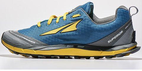 Footwear, Blue, Product, Yellow, Sportswear, Shoe, Athletic shoe, White, Line, Aqua,