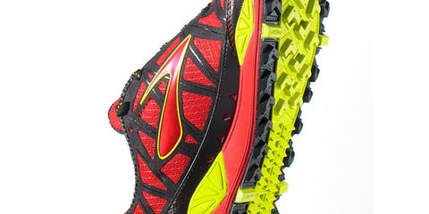 Carmine, Pattern, Synthetic rubber, Outdoor shoe, Running shoe,