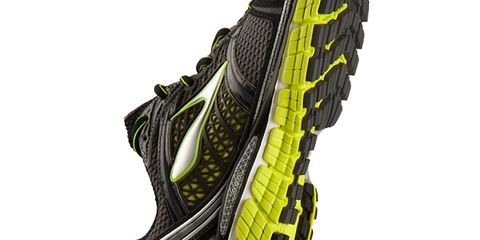 Line, Font, Synthetic rubber, Athletic shoe, Grey, Bicycle tire, Outdoor shoe, Running shoe, Graphics, Tread,