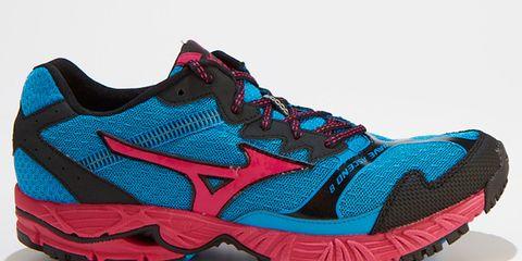 Footwear, Product, Shoe, Athletic shoe, White, Sportswear, Pattern, Running shoe, Teal, Sneakers,