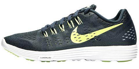 Footwear, Product, Shoe, Sportswear, Athletic shoe, White, Line, Style, Sneakers, Logo,