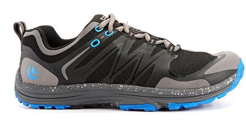 Footwear, Blue, Product, Shoe, White, Athletic shoe, Sportswear, Aqua, Sneakers, Logo,