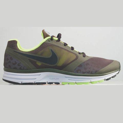 watch 3f493 30c56 Nike Zoom Vomero+ 8 Shield - Men s   Runner s World