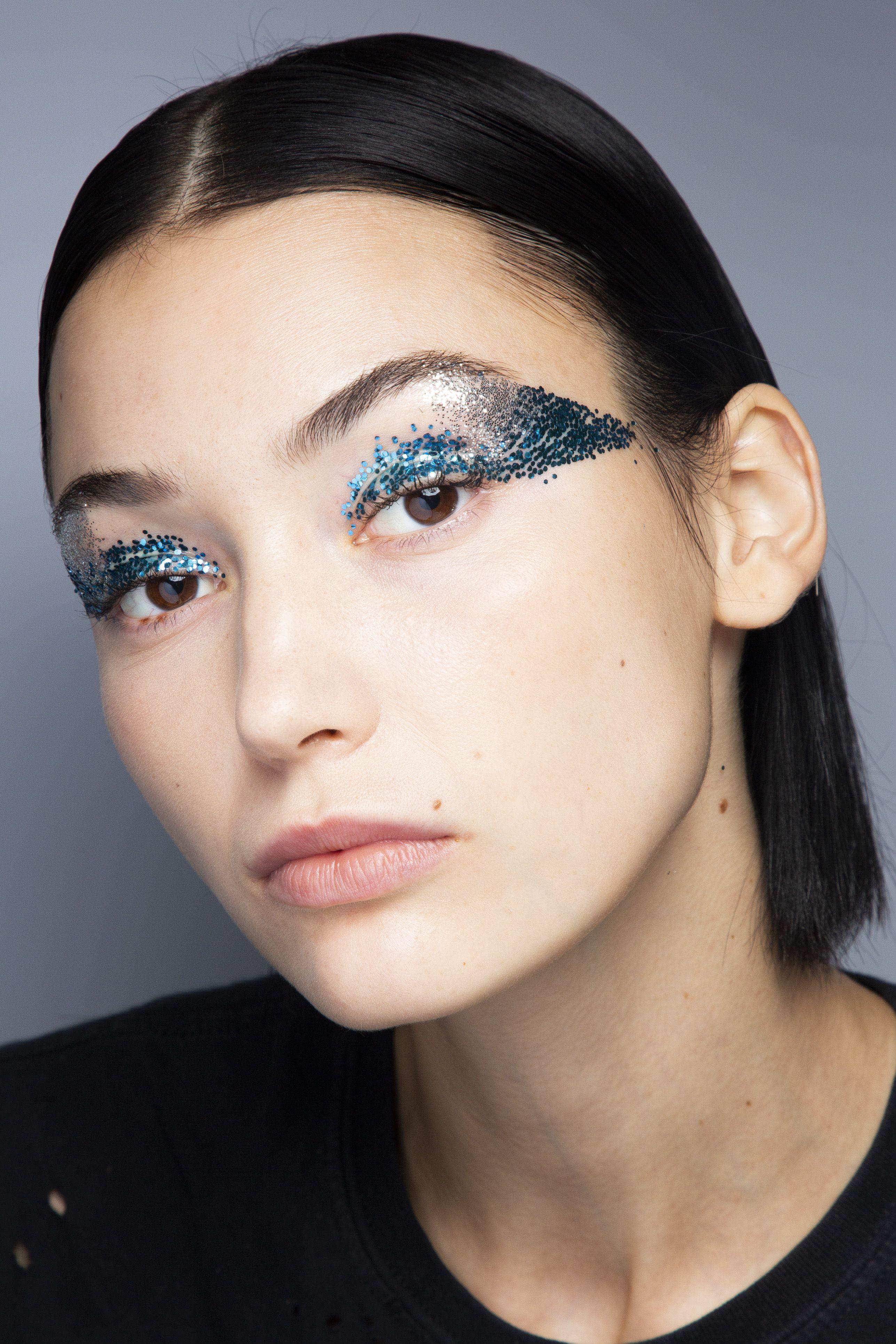 29 Christmas Makeup Ideas Makeup Inspiration For Your Christmas Party
